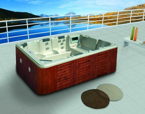 Vasche idromassaggio da esterno consigli quale - Vasche da bagno esterne ...