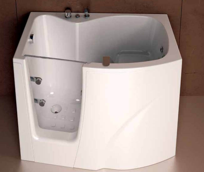 Vasche idromassaggio treesse prezzi e consigli vasche - Vasche da bagno piccole con seduta ...