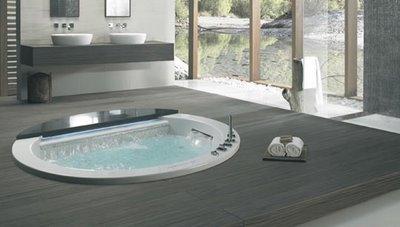 Vasca Da Bagno Con Gradini : Pret a porter il nuovo combinato di teuco bagno italiano