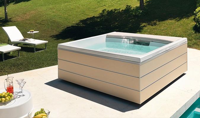 Vasca Da Bagno Quadrata Prezzi : Idromassaggio da esterno i modelli migliori vasche idromassaggio